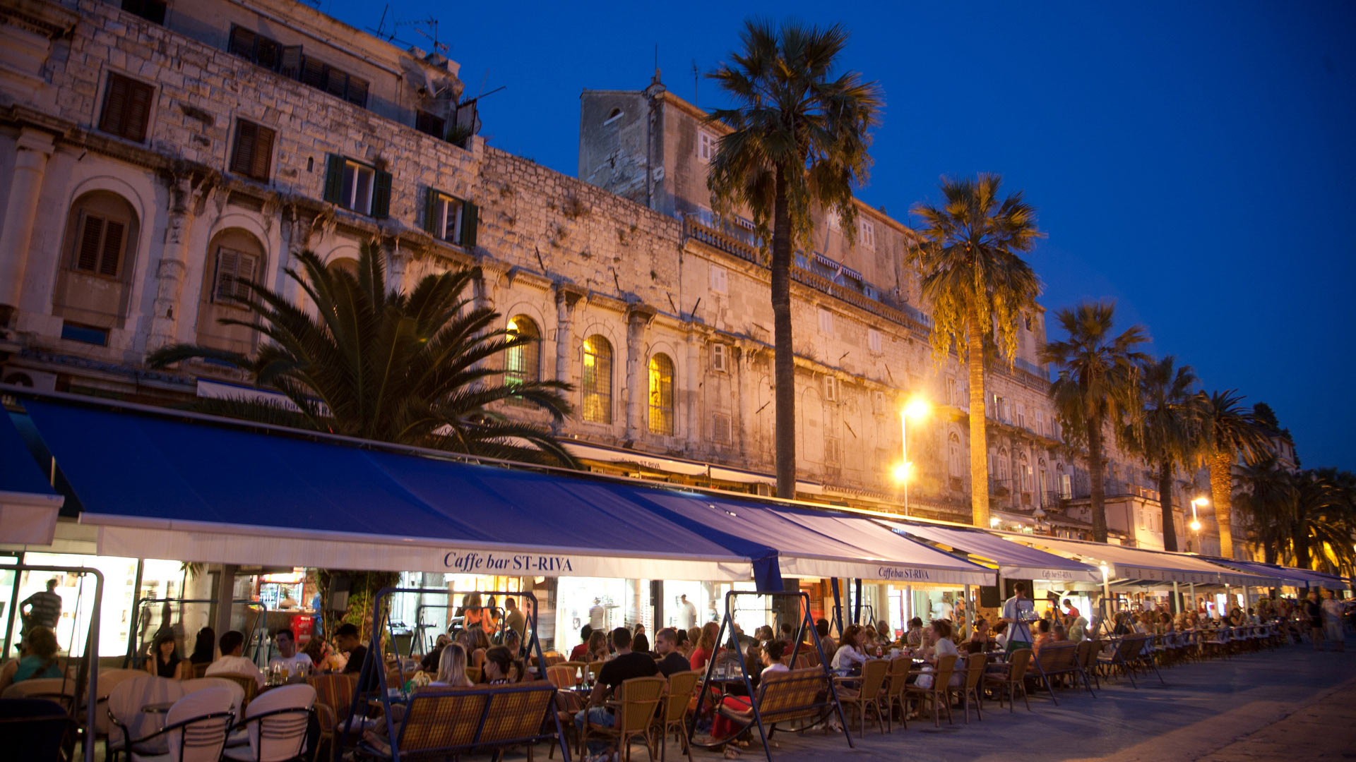 Outdoor cafés along the Riva, Split, Split-Dalmatia, Croatia