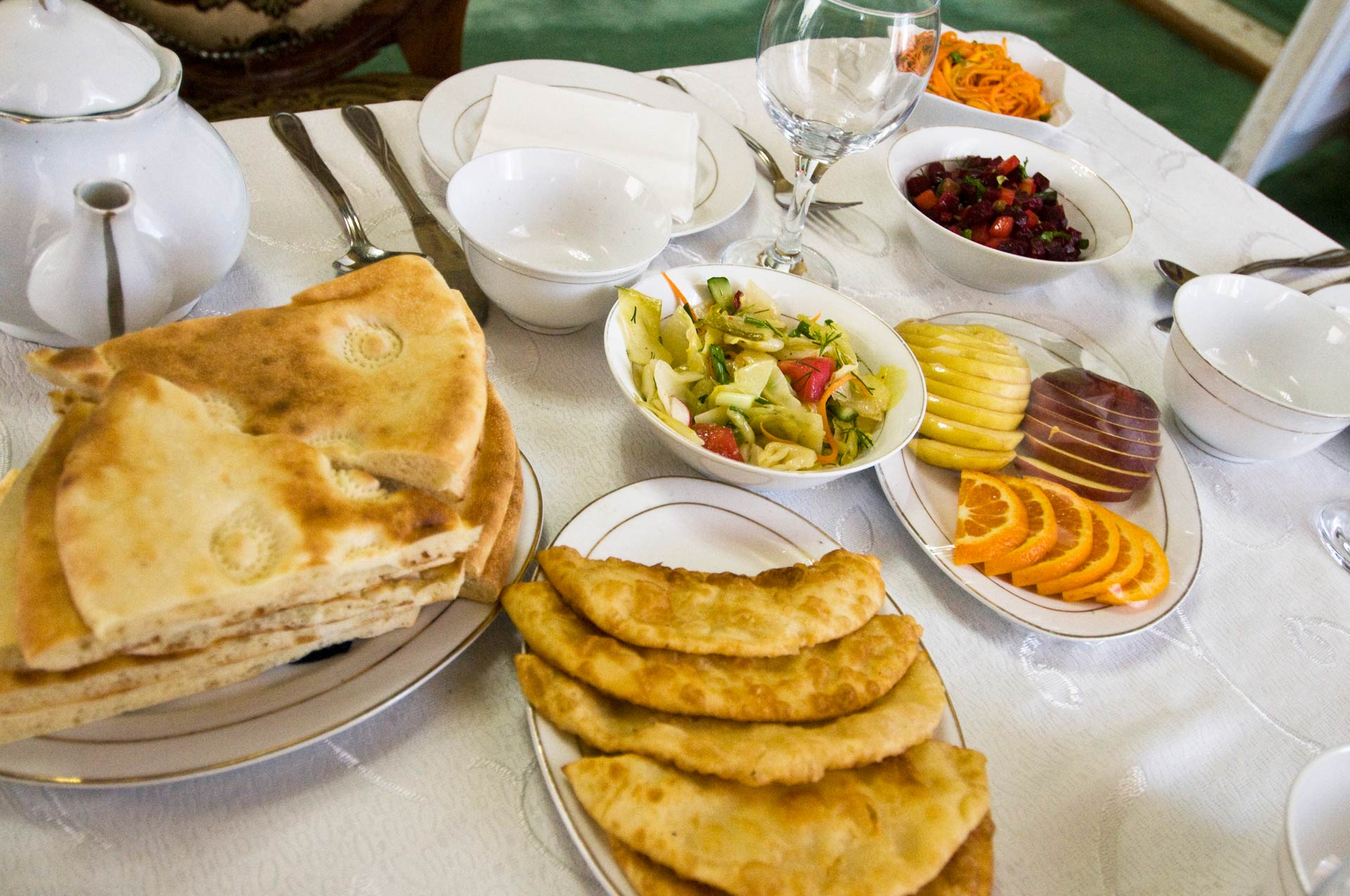 regional delicious food for tourist of the orinet silk road express private train