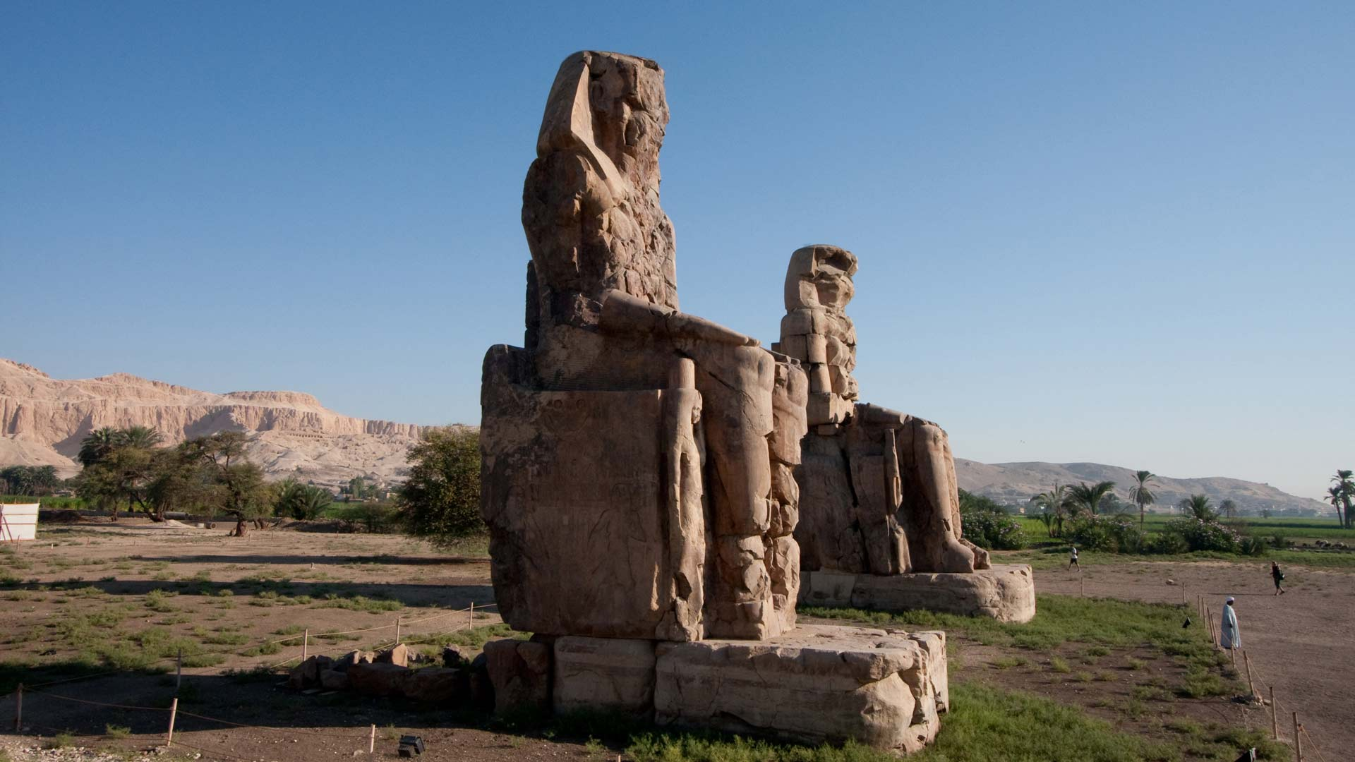 Colossi of Memnon (two massive stone statues of Pharaoh Amenhotep III), Western Thebes, Qina, Egypt