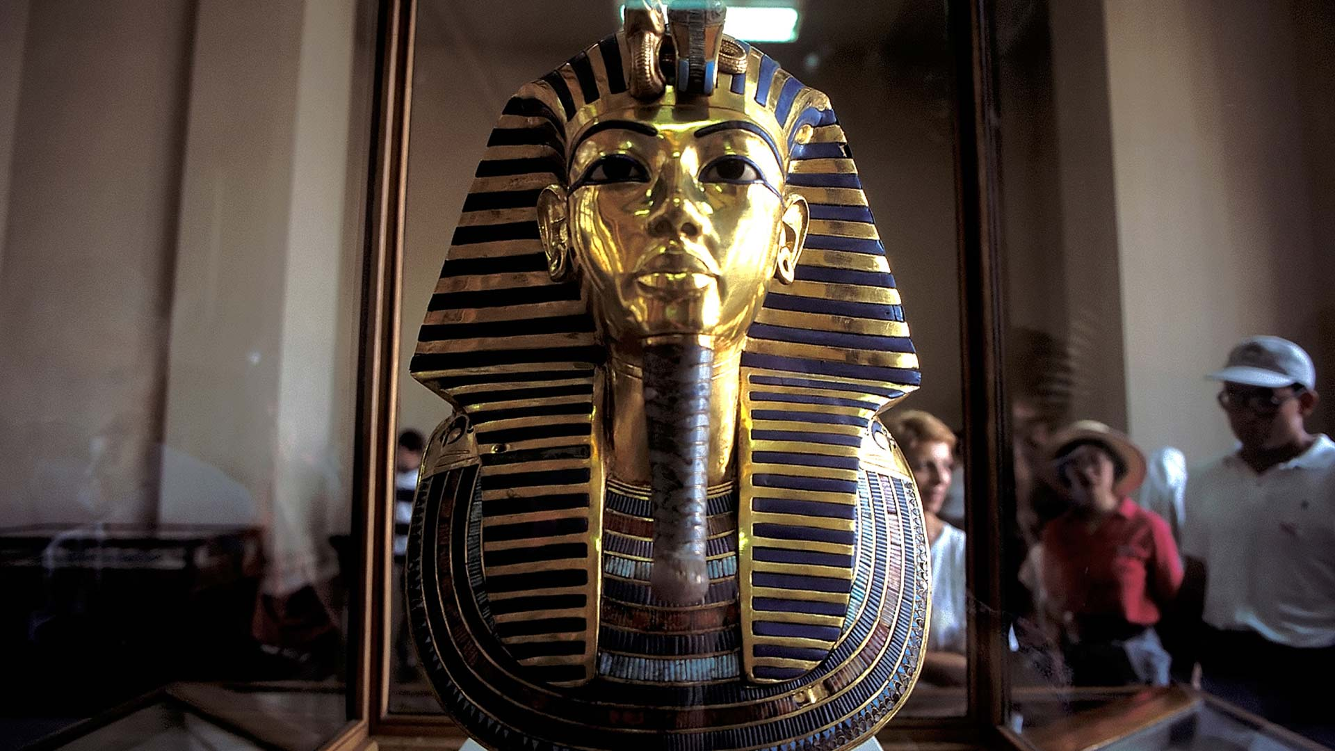 Tutankhamun's funerary mask on display at the Museum of Egyptian Antiquities, Cairo, Al Qahirah, Egypt