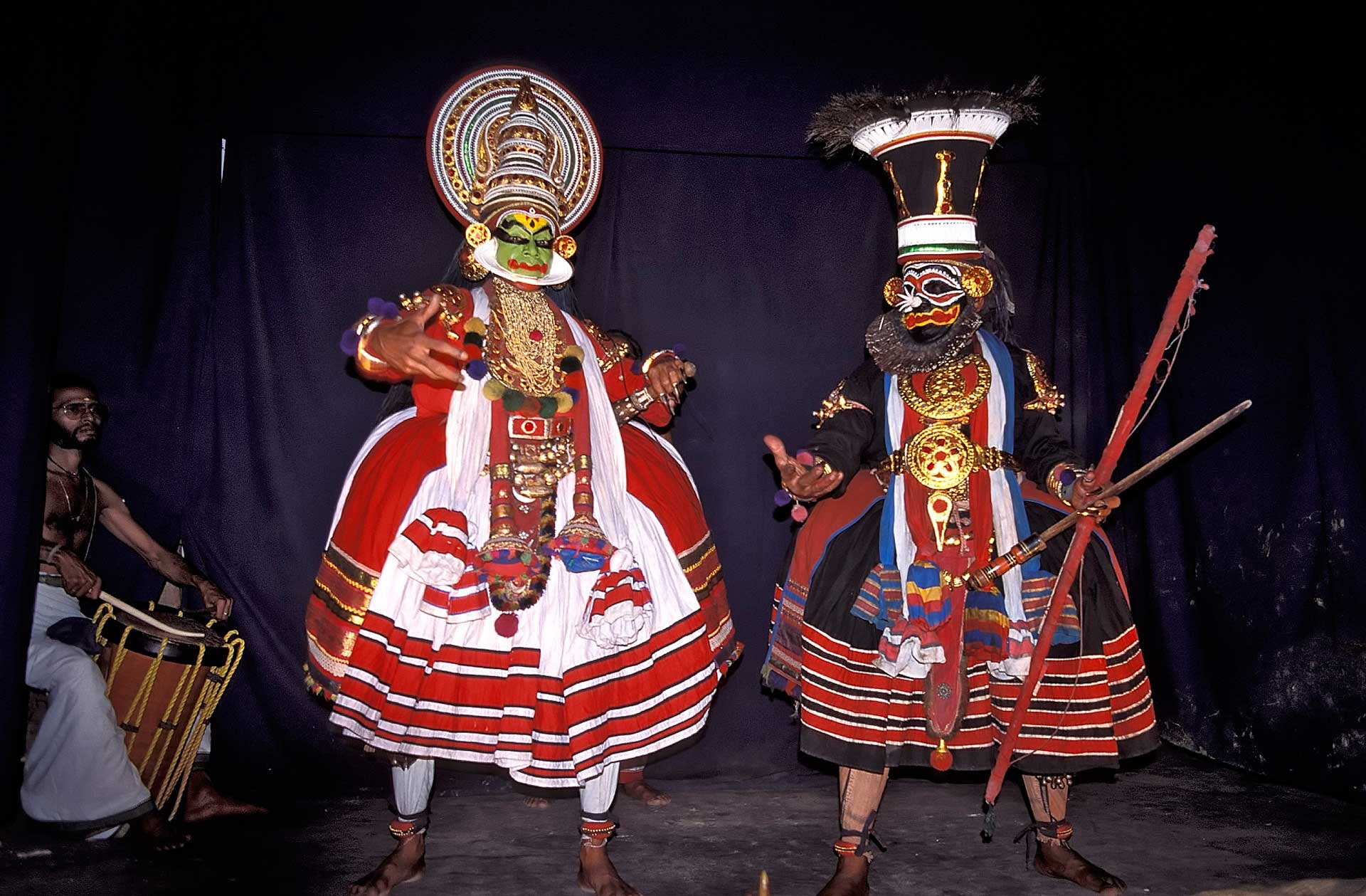 Kathakali classical dance-drama dancers and musician, Kochi, Kerala, India